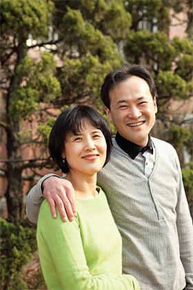 주부우울증 극복 후 행복한 엄마 아내 김지영 씨와 남편
