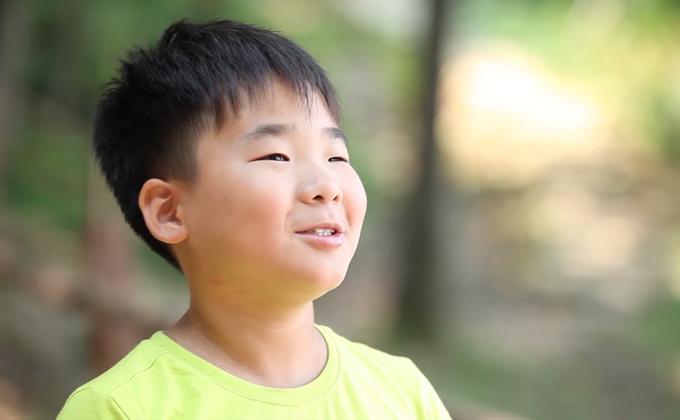 청소년 마음수련 캠프 후 학교 성적 오른 지웅 군