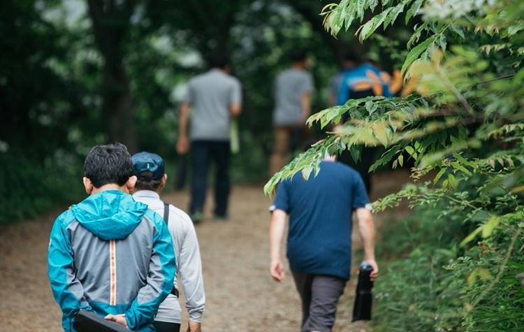 CEO를 위한 주말 명상캠프, 걷기명상하는 방법